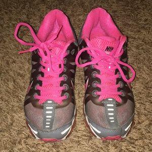 Women's Nike AirMax sneakers size 8